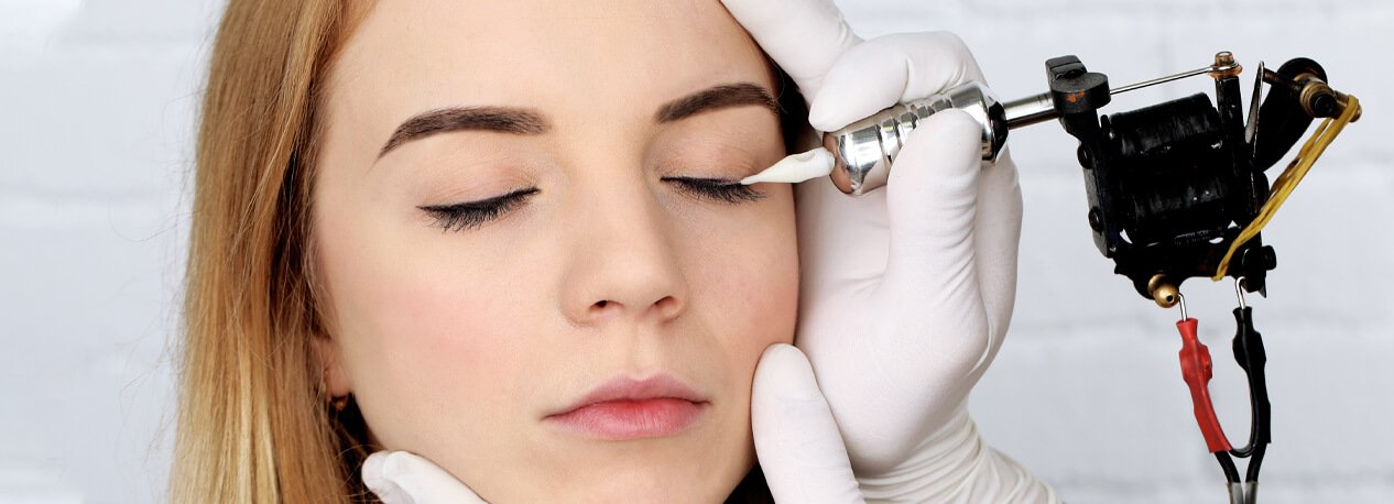 How Much Eyelid Surgery Cost in Dubai? | Euromed® Clinic